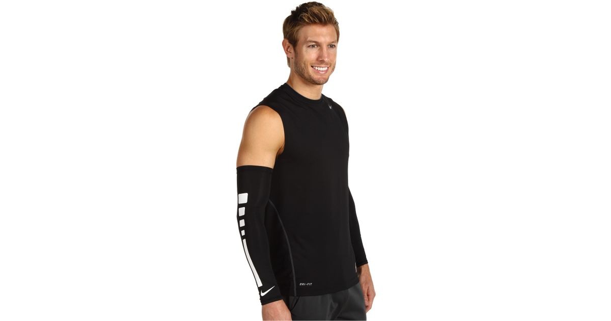 Nike Elite Basketball Sleeve in Black
