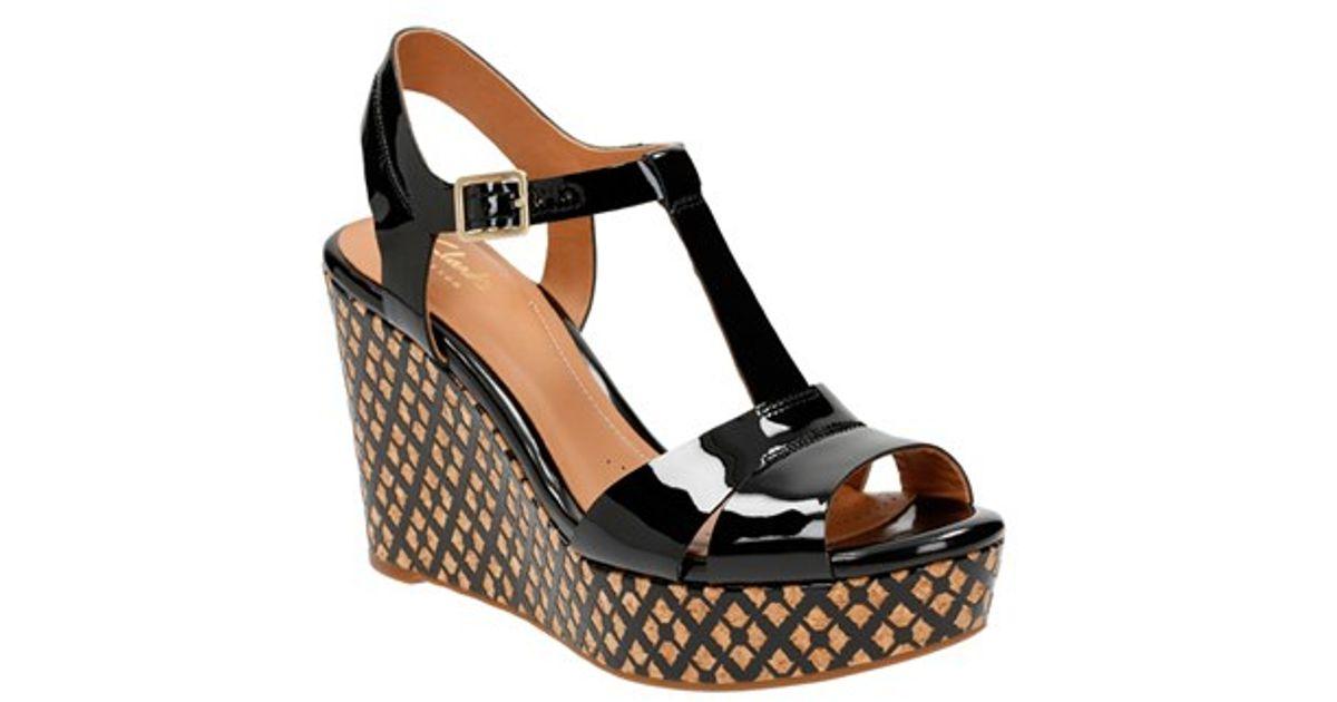 Clarks 'amelia Roma' Wedge Sandal in