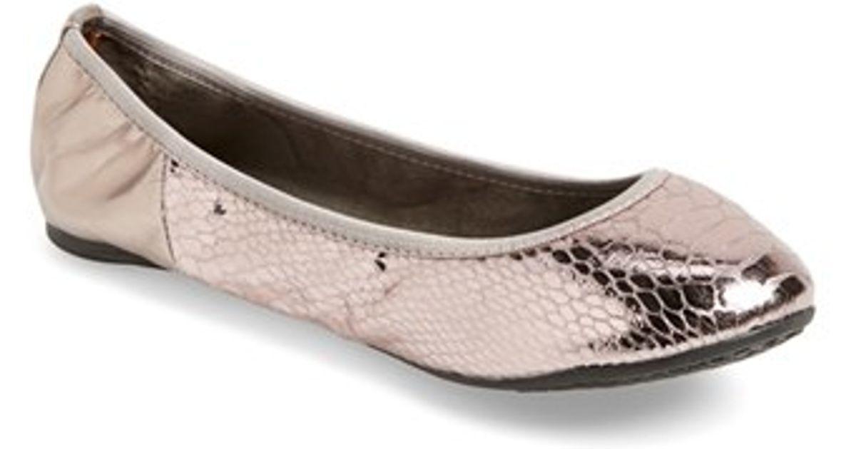 Lyst - Butterfly Twists  vivienne  Foldable Ballet Flat in Metallic 2509c6a1d