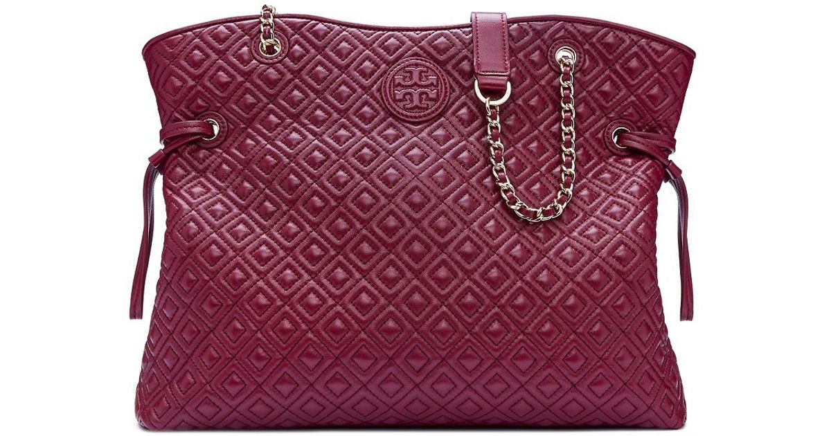 3f510d6afd1 Tory Burch Marion Quilted Slouchy Tote in Red - Lyst