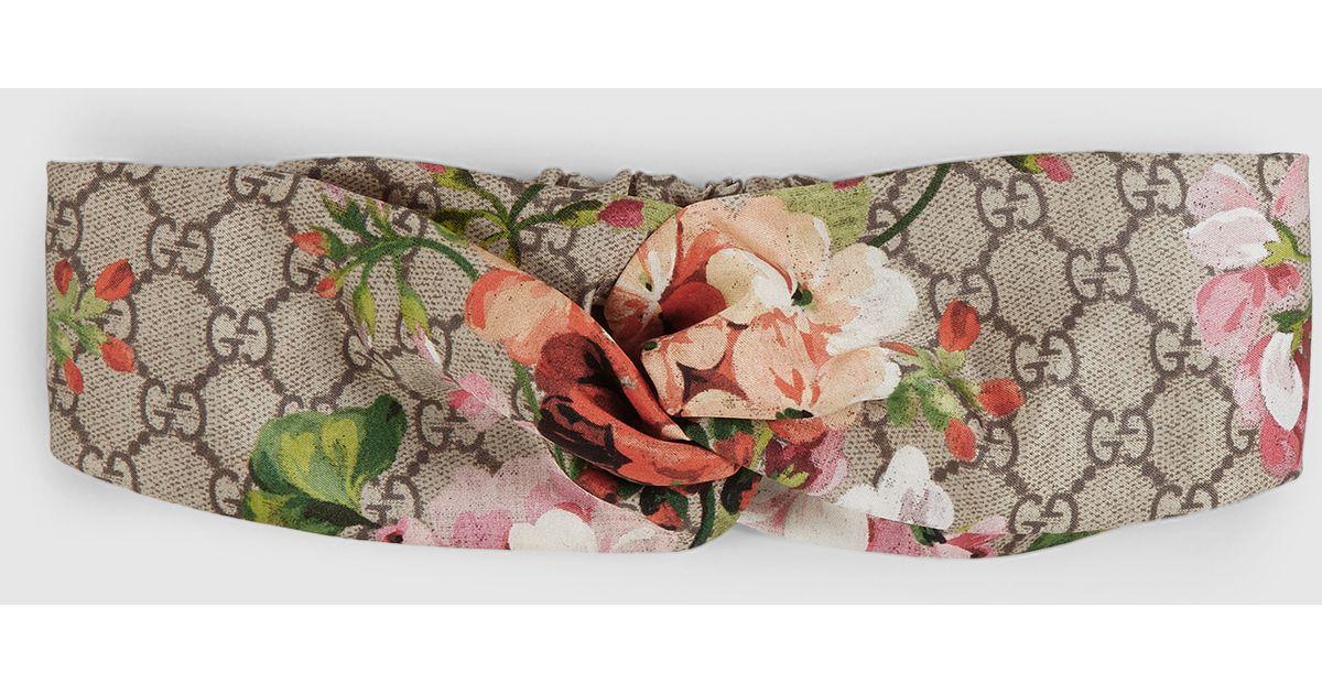 867ec2a6268 Lyst - Gucci Blooms Print Silk Headband in Pink