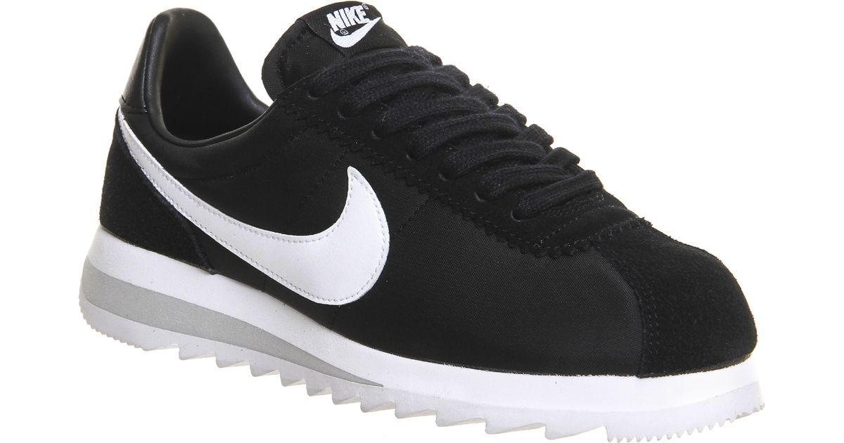 ... nike classic cortez epic in black lyst