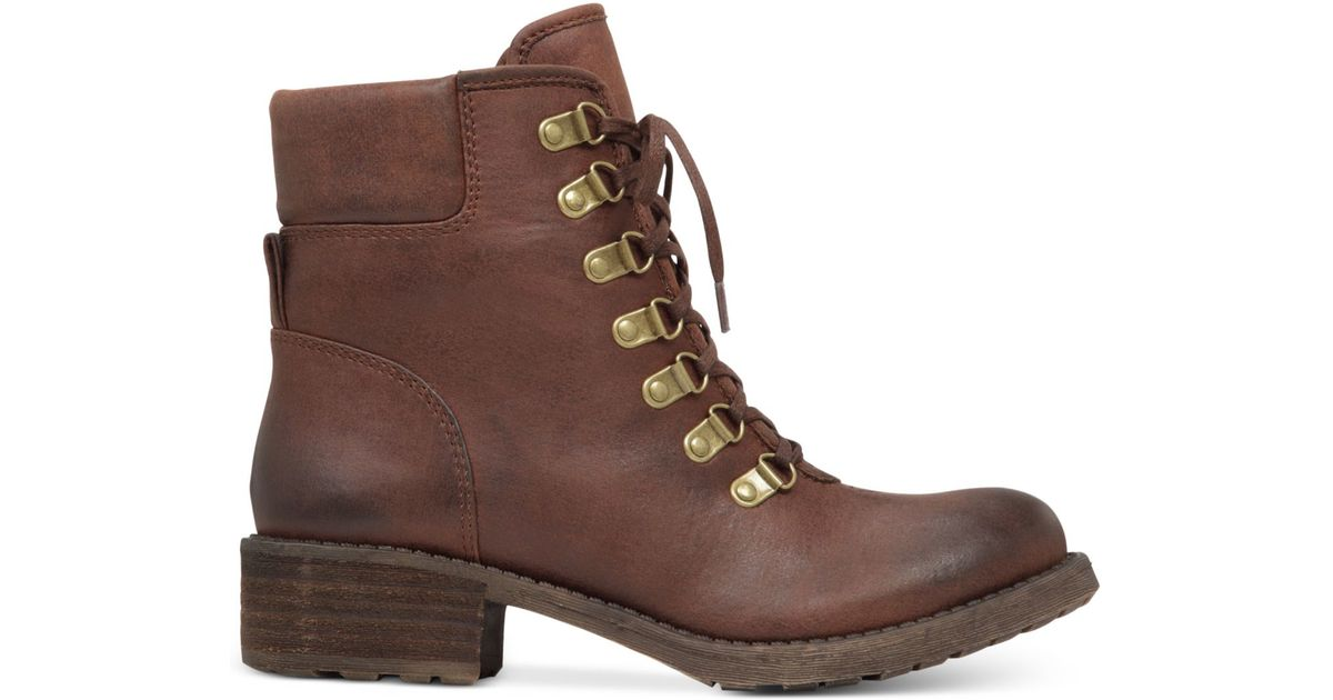 Daxxter Lace-up Boots in Brown