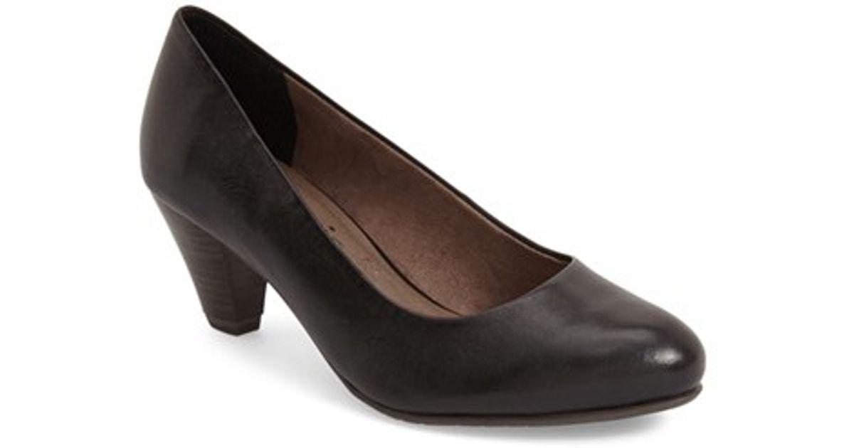tamaris 39 pimela 39 almond toe pump in black lyst. Black Bedroom Furniture Sets. Home Design Ideas