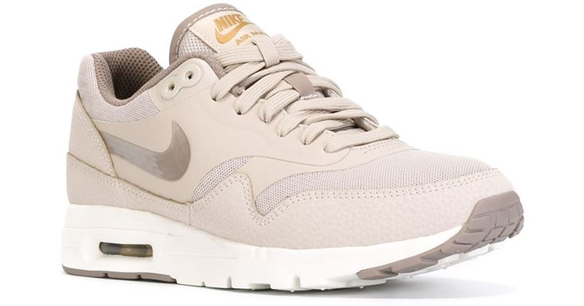Sentirse mal Perforar efecto  Nike 'Air Max 1 Ultra Essential' Sneakers in Gray - Lyst