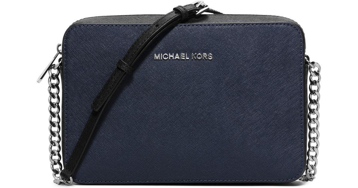 f9602afbee32 MICHAEL Michael Kors Jet Set Travel Saffiano-Leather Cross-Body Bag in  Black - Lyst