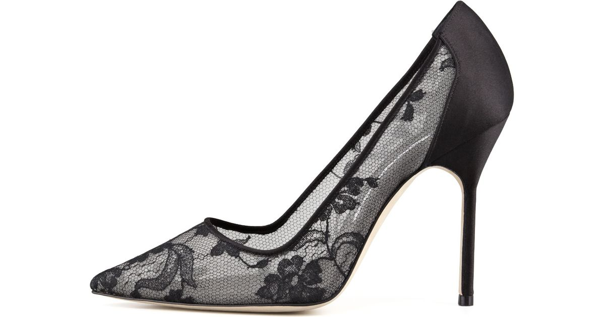 f4491c9600f45 Manolo Blahnik Bb Lace Pointed-toe Pump in Black - Lyst