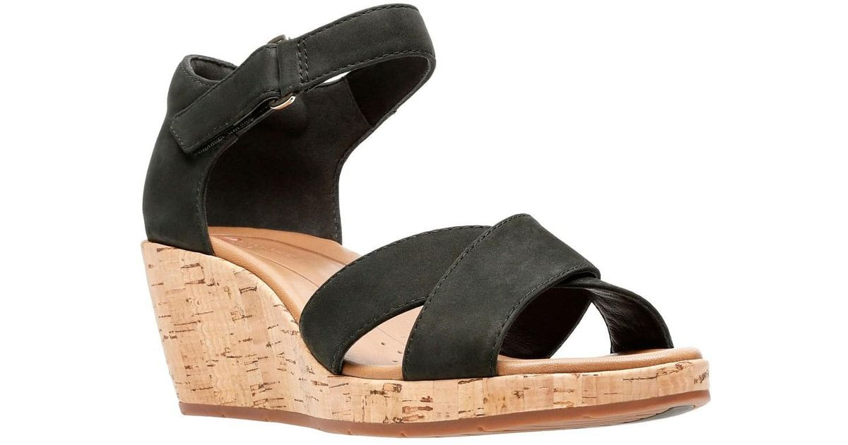 6eb6ccc9572 Clarks Black Un Plaza Cross Womens Wide-fit Wedge Sandals