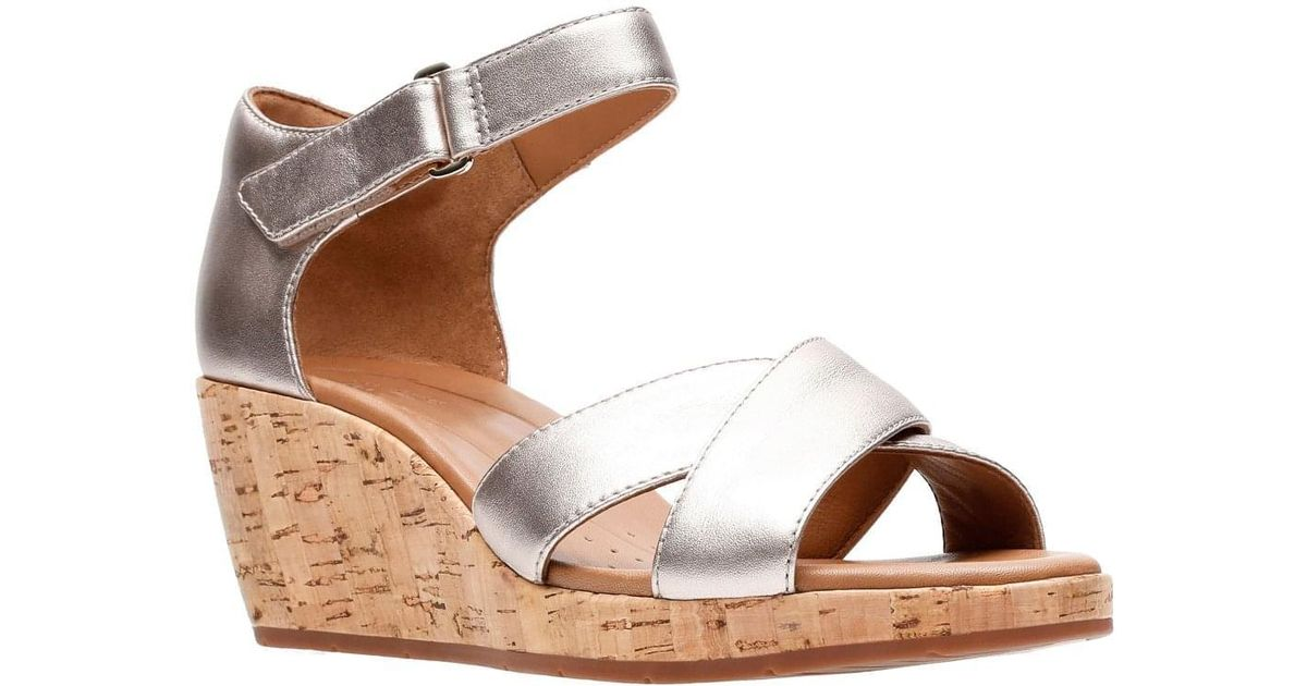21d1310803b Clarks Metallic Un Plaza Cross Womens Wide-fit Wedge Sandals