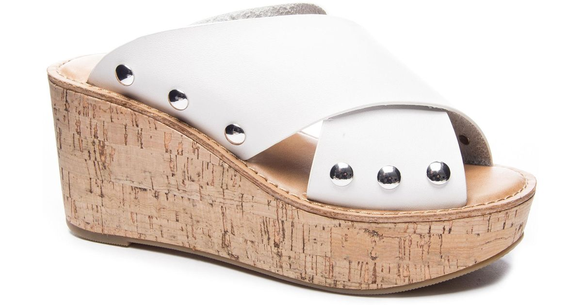 60c6cfc13e7e Lyst - Chinese Laundry Oahu Wedge Sandal in White - Save 55%