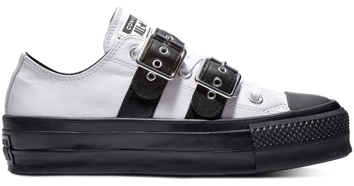 985fba865464f0 Converse Chuck Taylor All Star Lift Buckle Leather Low Top in White - Lyst
