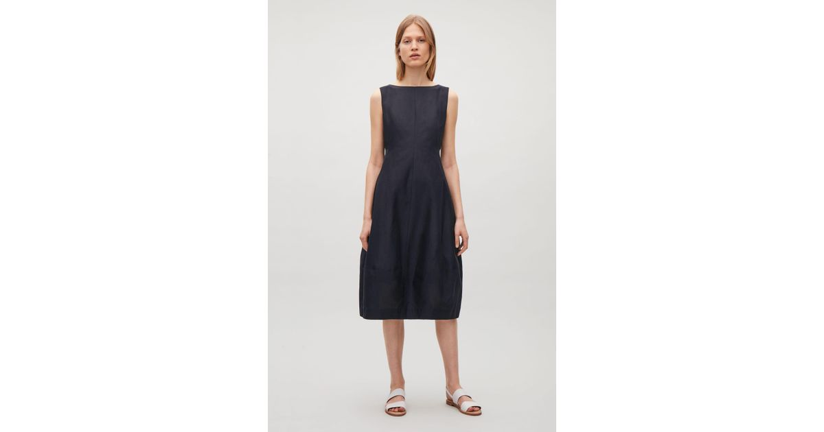 cd0e061ed87f8 COS Sleeveless Dress With Cocoon Skirt in Blue - Lyst