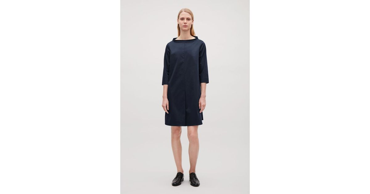 f06ea5befcf5 COS Cotton Dress With Raised Collar in Blue - Lyst