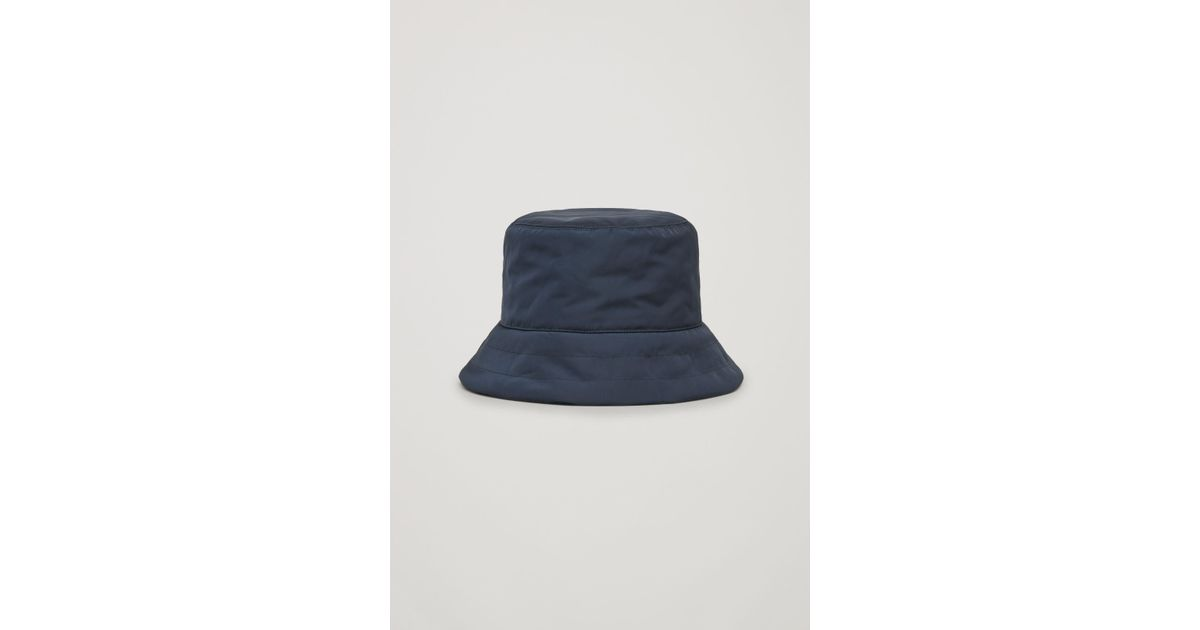 29191733726a7 COS Padded Bucket Hat in Blue - Lyst