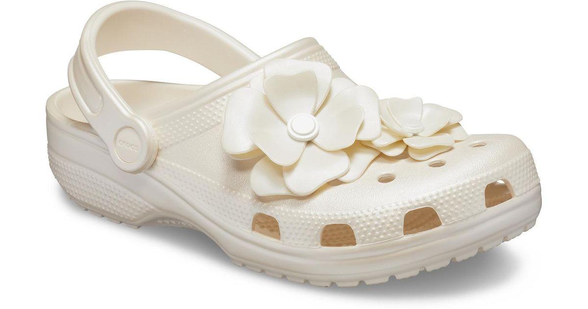 crocs vivid blooms