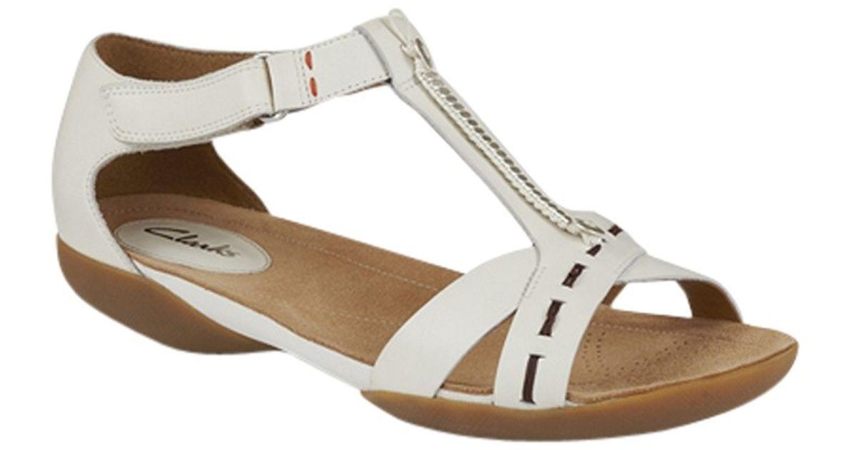 d8992c68c21c Clarks Raffi Magic Leather Sandals in White - Lyst
