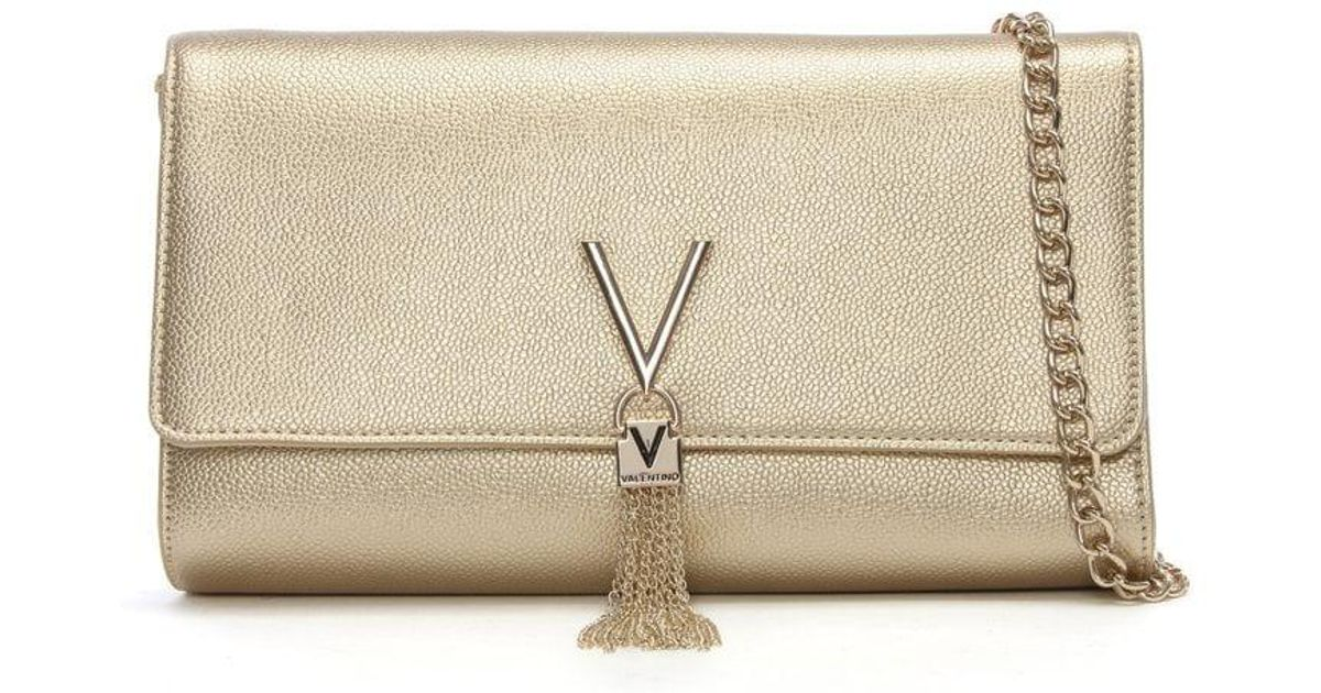f851e327ec2b9 Valentino By Mario Valentino Divina Gold Pebbled Clutch Bag in Metallic -  Lyst