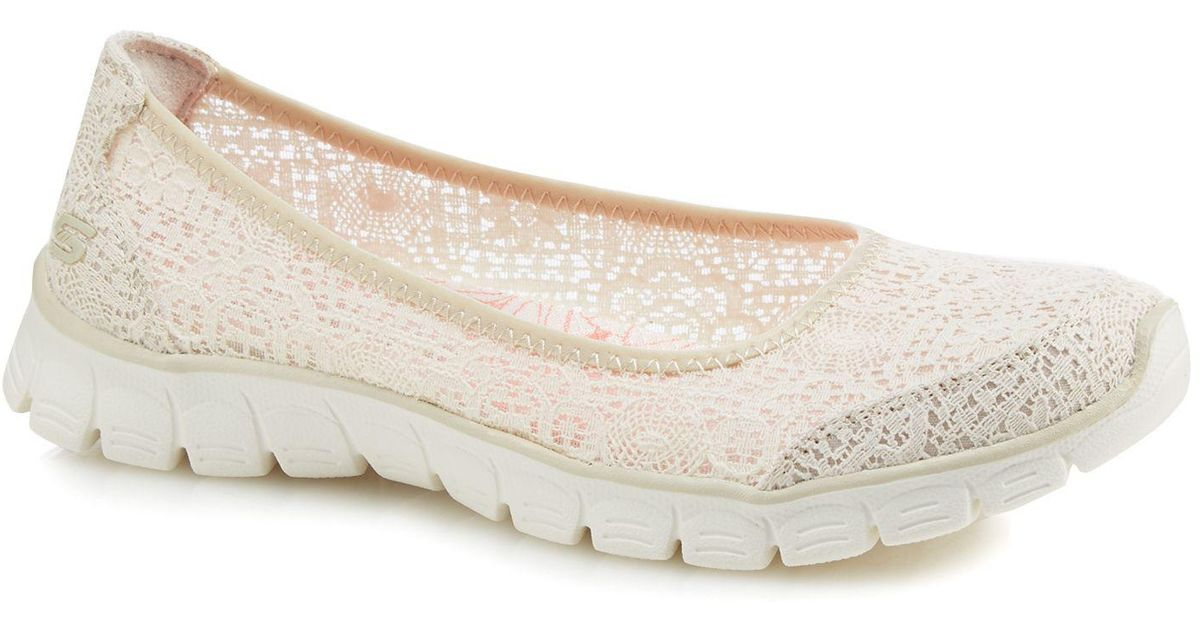 Skechers White Lace 'ez Flex 3.0