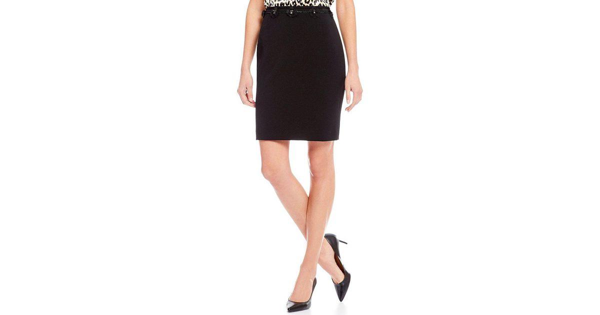 3da8c8ec746 Lyst - Tahari Petite Flower Applique Pencil Skirt in Black
