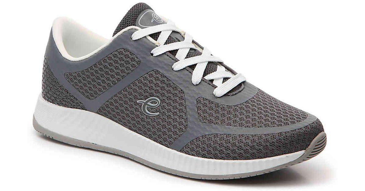 Easy Spirit Faisal 2 Walking Shoe in