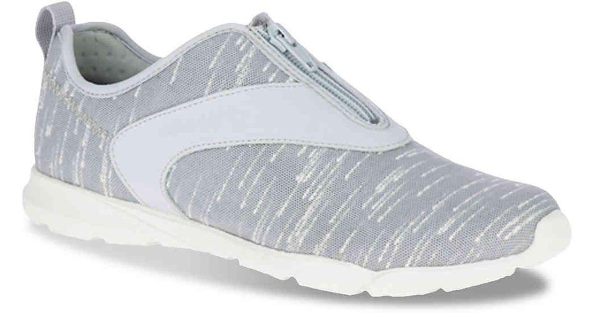81ca83df87 Merrell Gray Flora Day Zip Sneaker