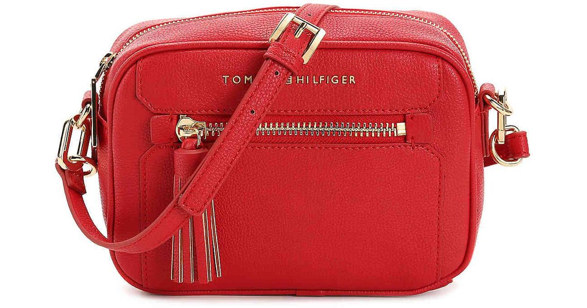 3950a63a6a Tommy Hilfiger Macon Crossbody Bag in Red - Lyst