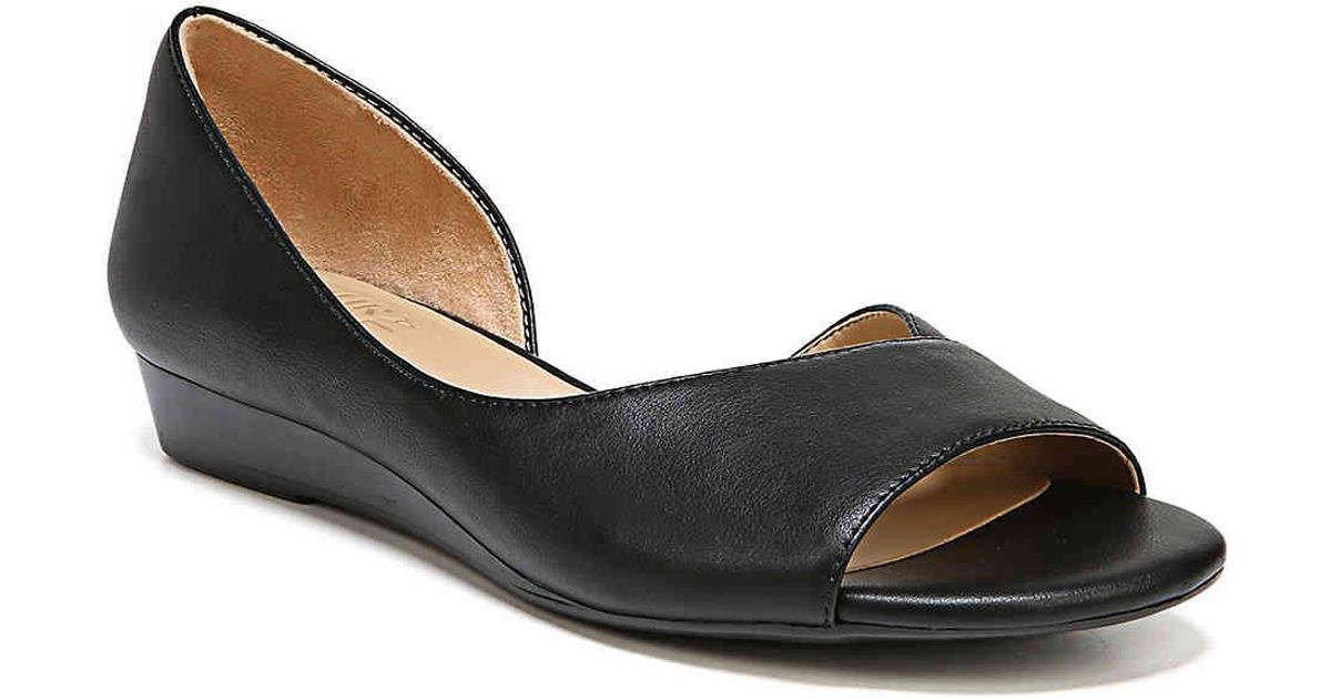 8f2d8aca040 Lyst - Naturalizer Jasmin Wedge Sandal in Black