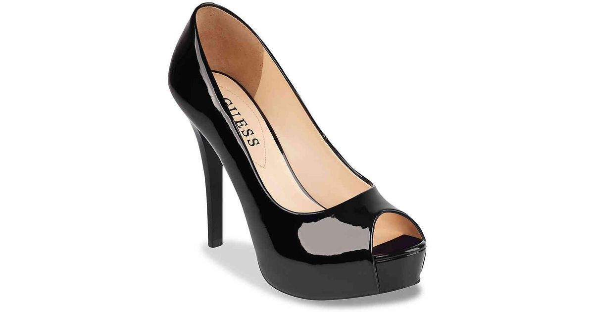 Guess Patches Platform Pump in Black - Lyst
