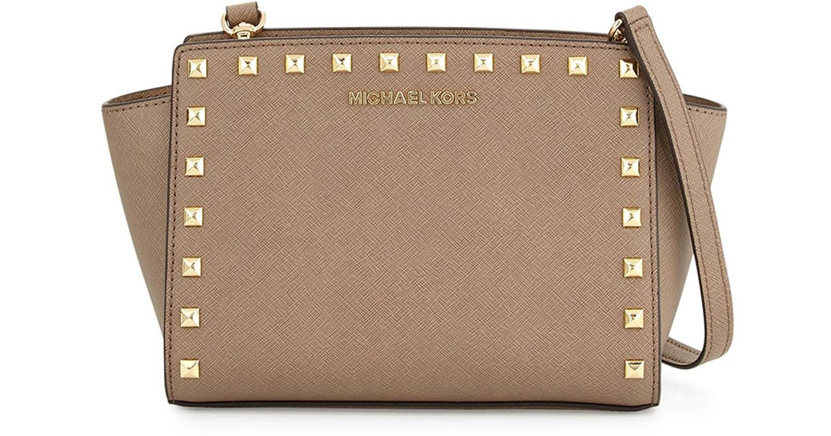 78a4c8a58356 MICHAEL Michael Kors Selma Medium Studded Messenger Bag in Natural - Lyst
