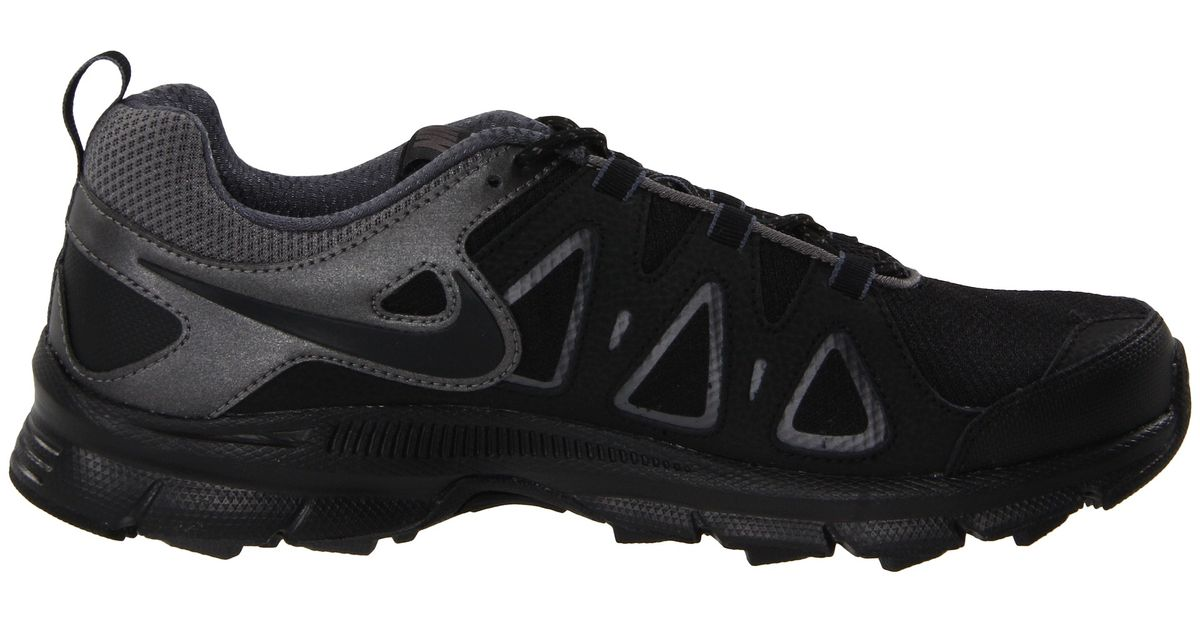 Nike Air Alvord 10 in Black/Metallic