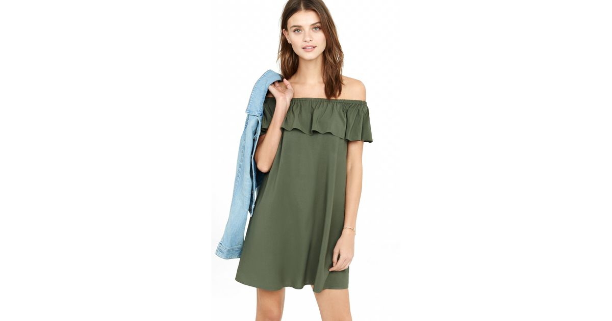 ef74e35a93 Lyst - Express Off The Shoulder Ruffle Trapeze Dress in Green