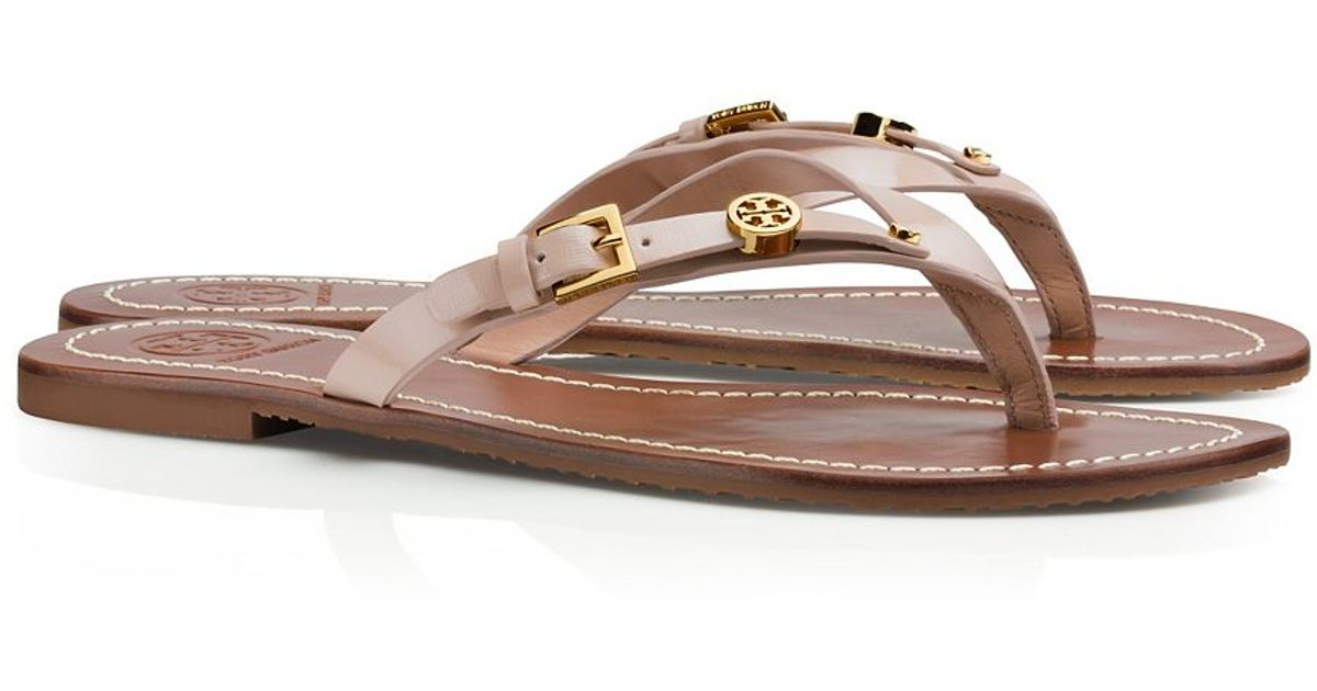 339e300d5002e ... inexpensive lyst tory burch monogram flat thong sandal in pink a9e22  87516