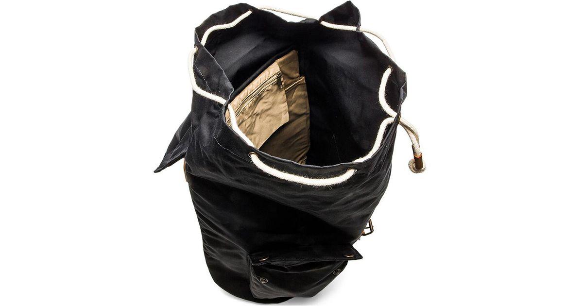 95a92421df4 Fjallraven Black Greenland Backpack for men