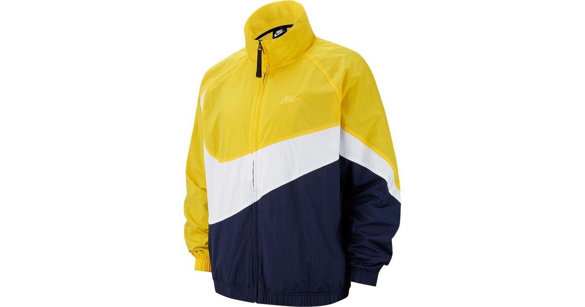 Nike Synthetic Large Swoosh Windbreaker