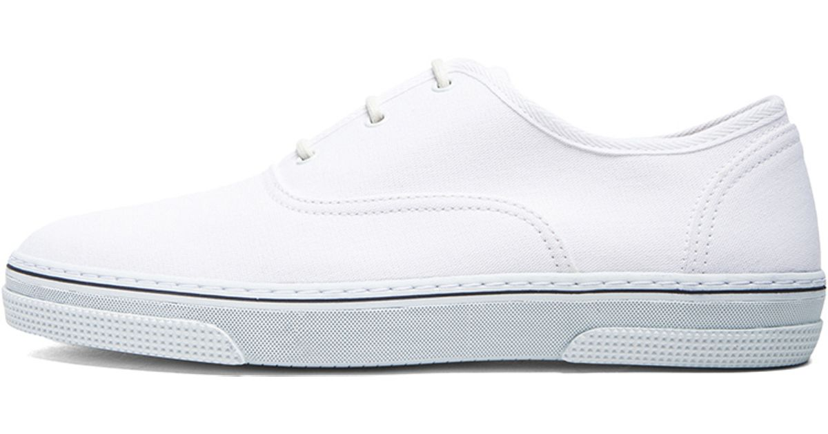 A.P.C. Canvas Tennis Shoes in White - Lyst