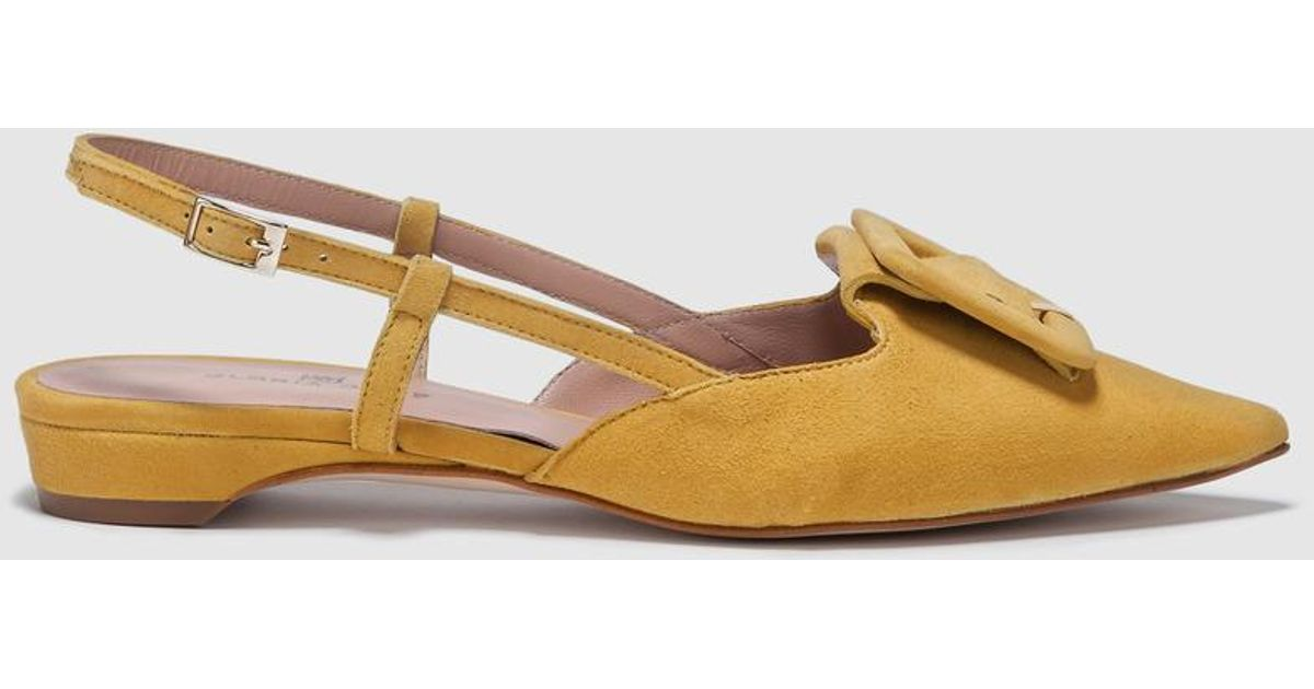 e65e5058fa9 Gloria Ortiz Mustard Leather Flat Sandals With Buckle Decoration - Lyst