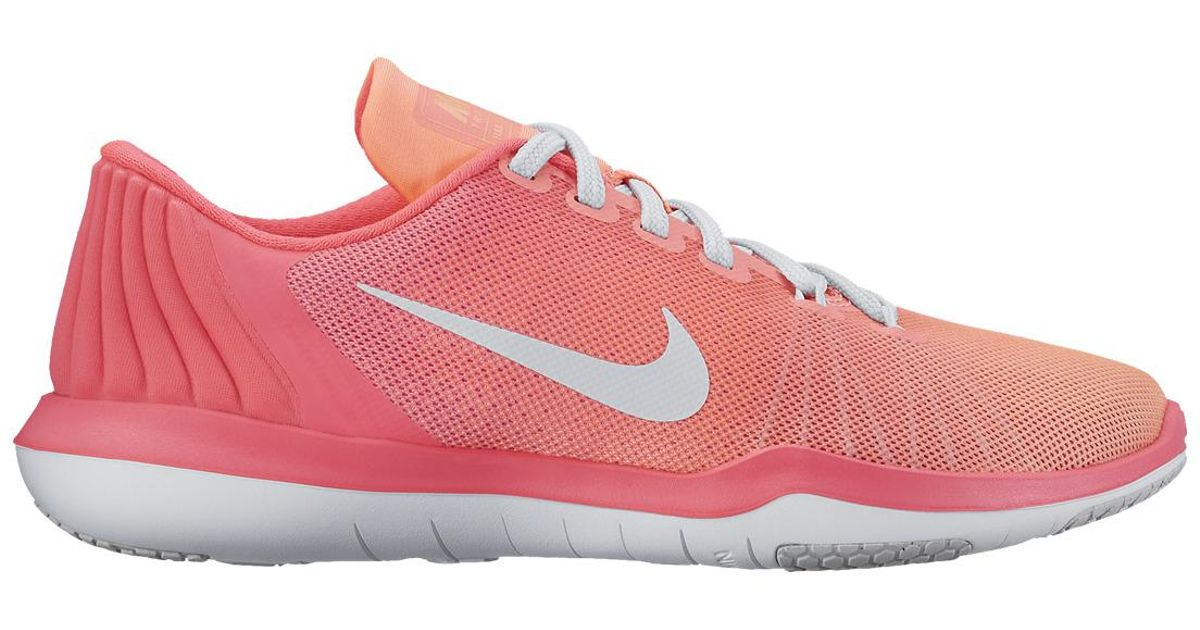 30d8e09bb386e Lyst - Nike Flex Supreme Tr 5 Fitness cross Training Shoes in Pink