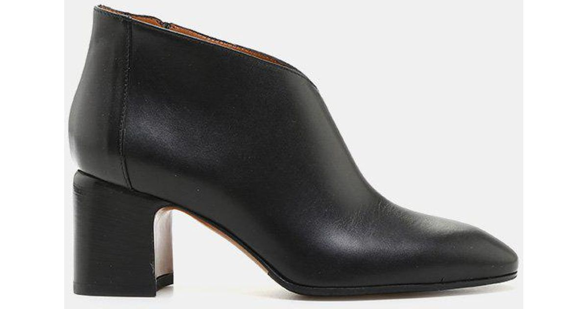 Aquatalia Elodina Weatherproof Nappa Leather Bootie (Women's) R8Lyw