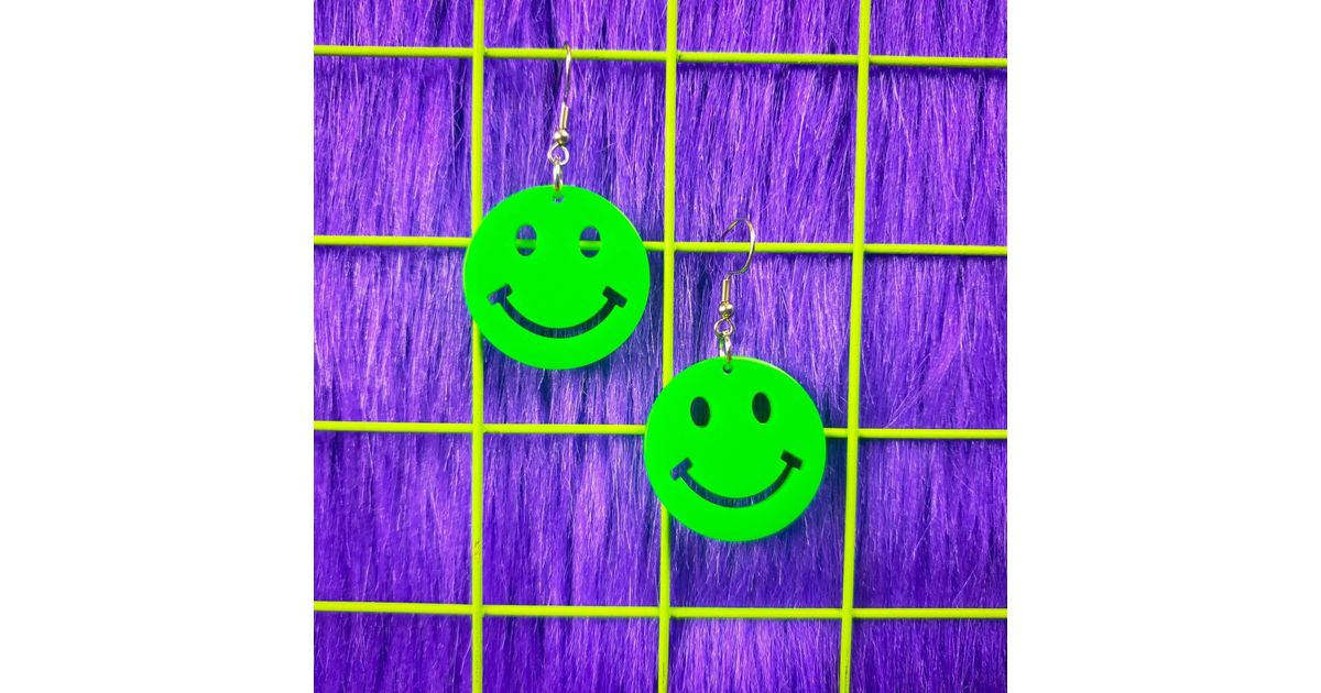 Yellow Smiley Face Earrings Y2K 90/'S 70/'s 60/'s 1990/'s Early /'00s Kitschy Harajuku Kawaii Pastel Goth Gift Idea