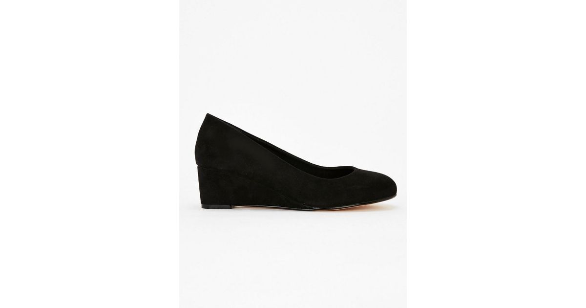 72f3880a63 Evans Extra Wide Fit Black Low Wedge Shoes in Black - Lyst