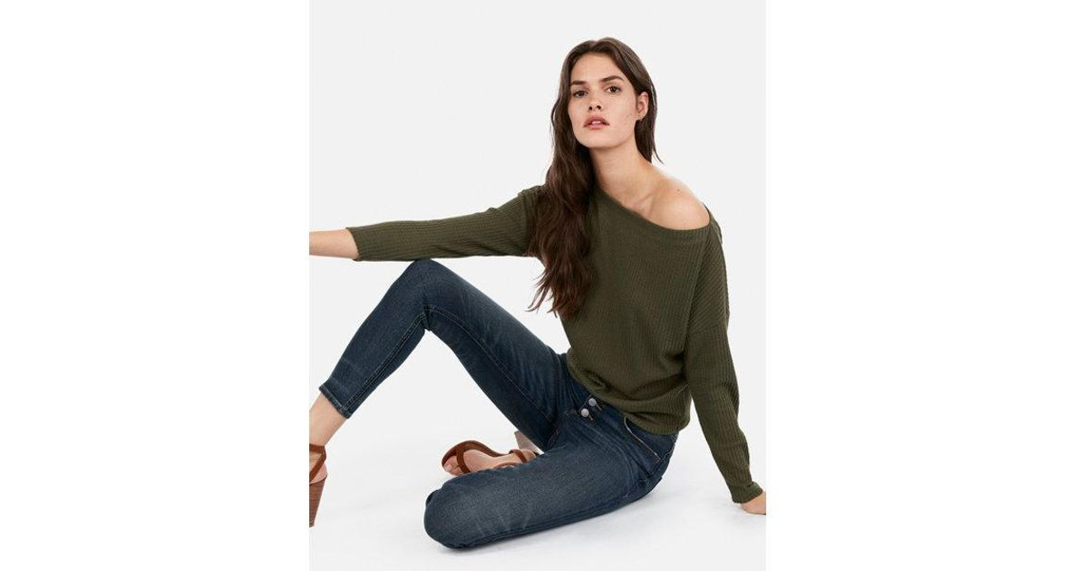 ef8bbaf6f4d Lyst - Express One Eleven Off The Shoulder Waffle Knit Tee in Green