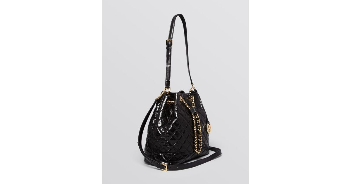 2a4a7a45095f MICHAEL Michael Kors Shoulder Bag - Susannah Large Quilted Bucket Chain  Drawstring in Red - Lyst