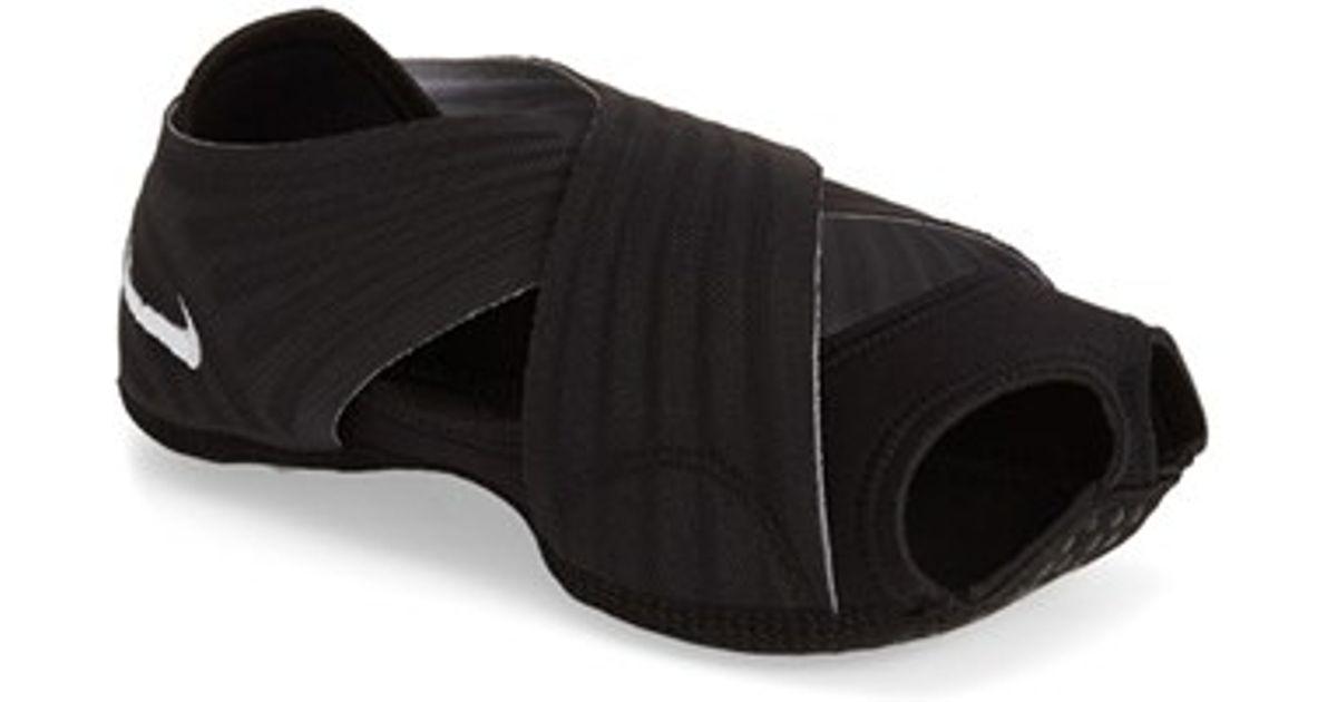 Nike Studio Wrap 3 Yoga Training Shoe In Black White Black Lyst
