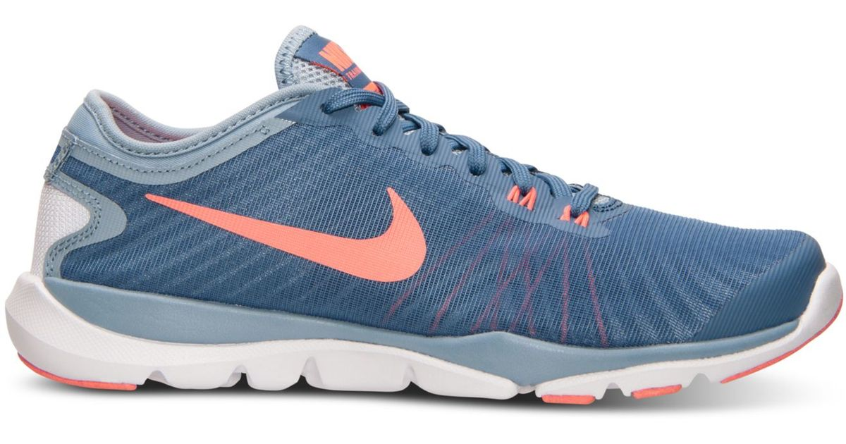 Nike Women S Flex Supreme Tr 4 Training Sneakers From Finish Line In Blue Lyst