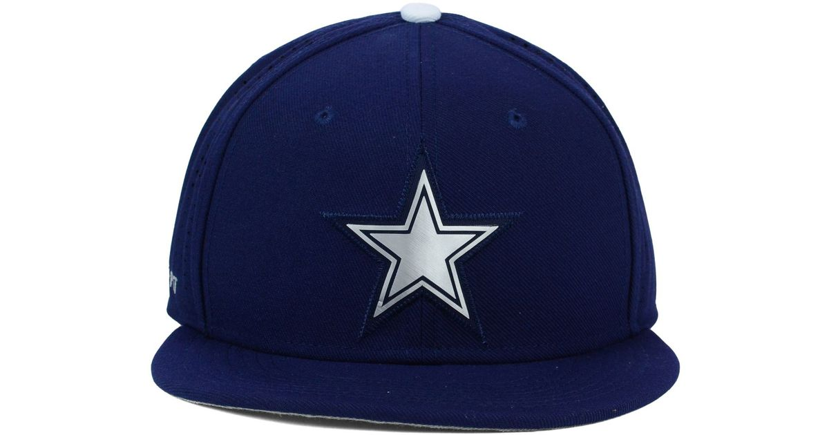 e48583b40 Nike Blue Dallas Cowboys True Vapor Fitted Cap for men