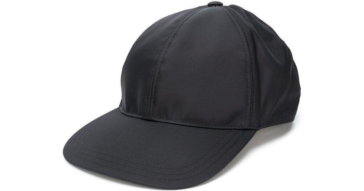 7a77f6a3a2920 Lyst - Casquette à plaque logo Prada pour homme en coloris Noir