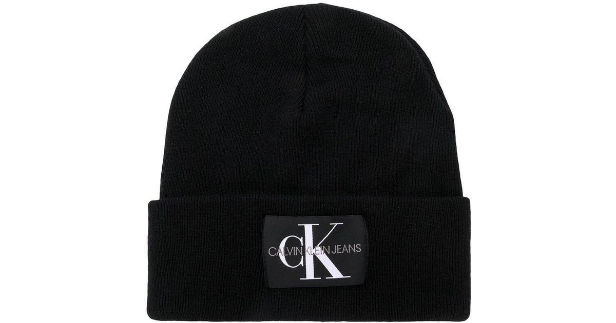 Calvin Klein Logo Patch Beanie in Black for Men - Lyst cf8ace660729