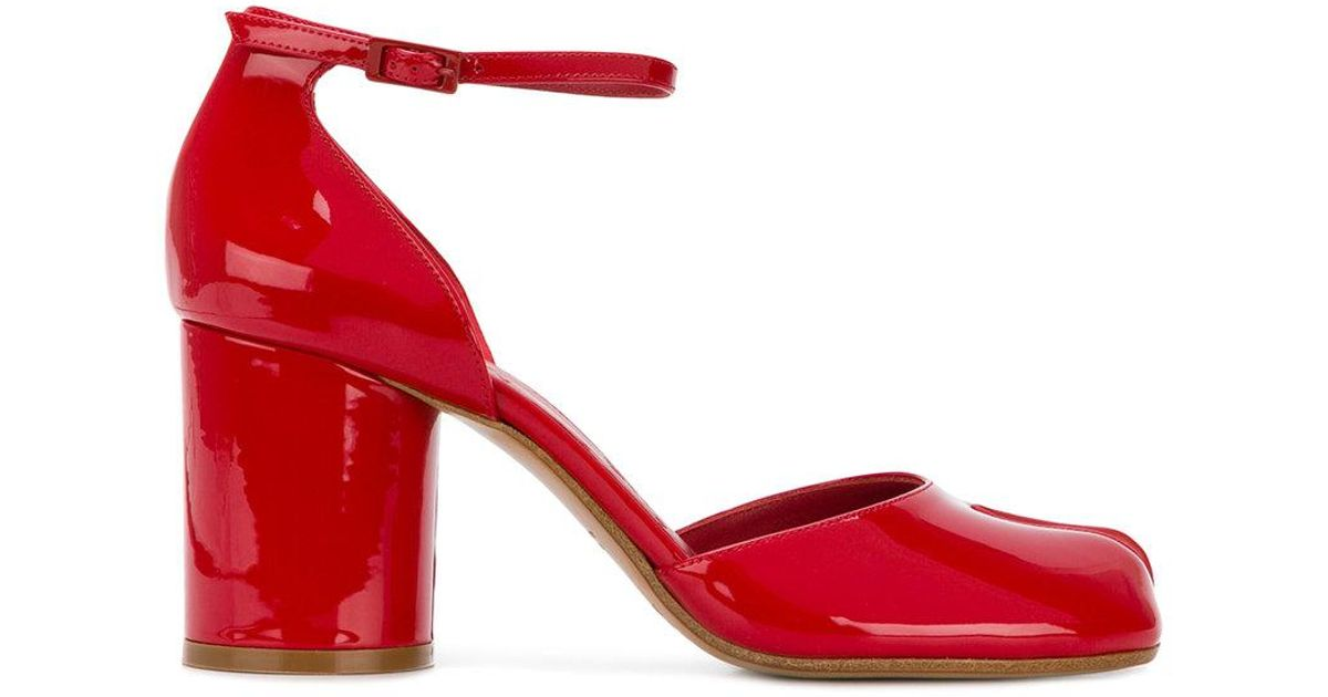 901351fe461 Lyst - Maison Margiela Tabi Heeled Patent Sandals In Red in Red