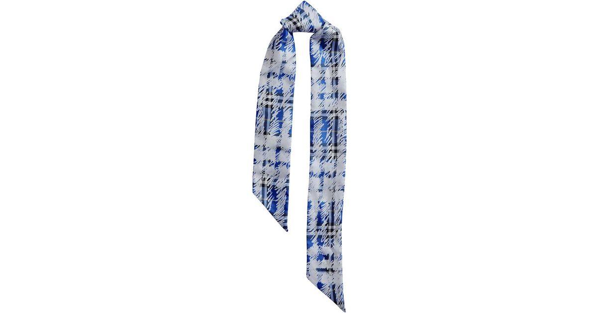 cdc0ab2991cd Lyst - Foulard à carreaux Burberry en coloris Bleu