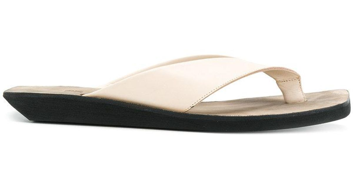 thong sandals - Nude & Neutrals Lost And Found Rooms viryu